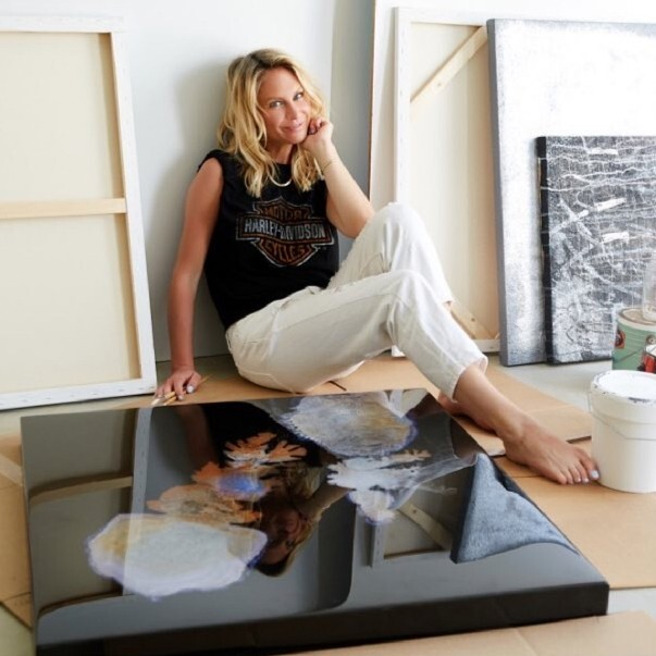 This Marketeer 'Accidently' Found Her True Passion in Art